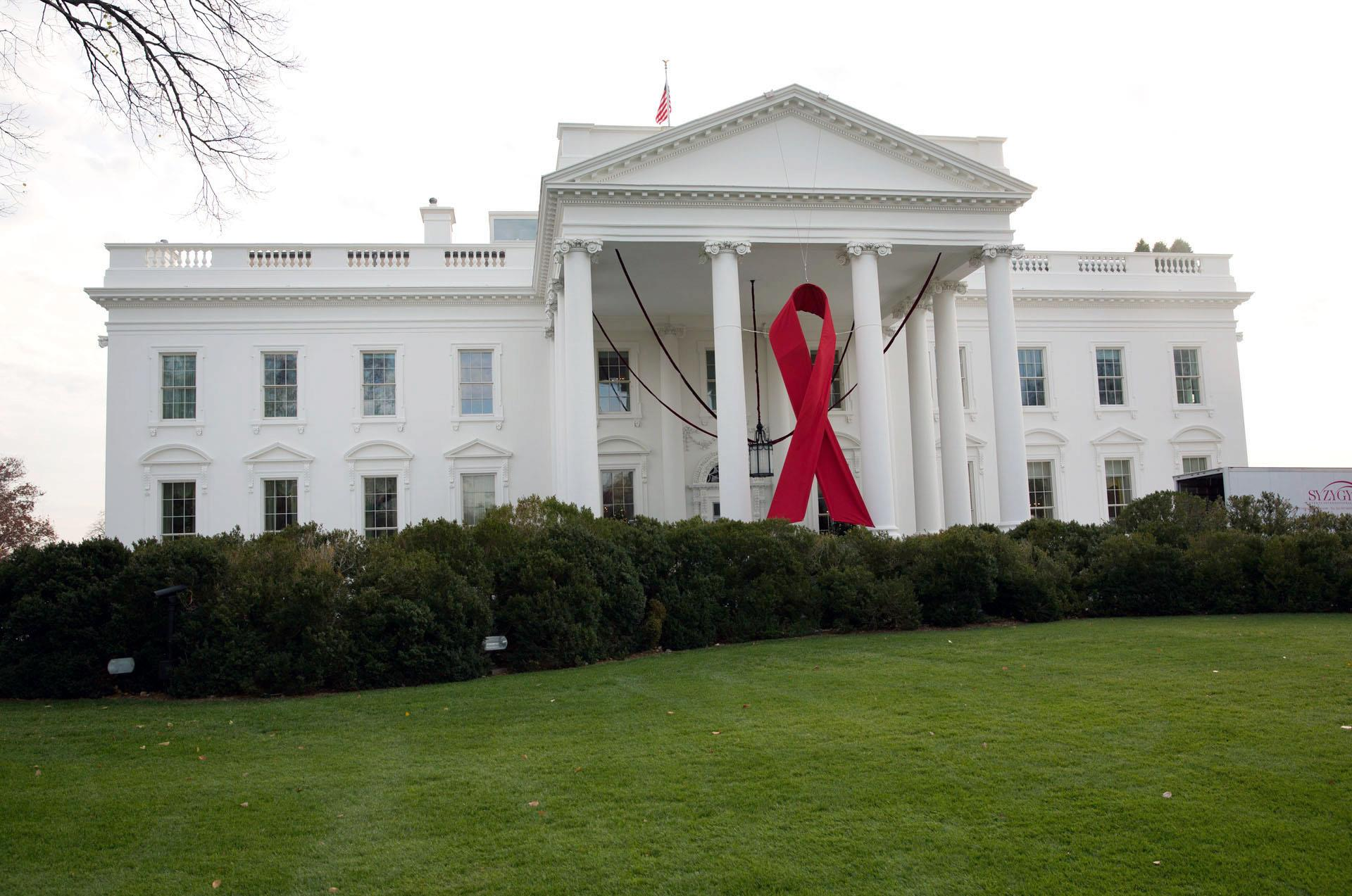 Honoring world aids at the white house things to do in for The white housse